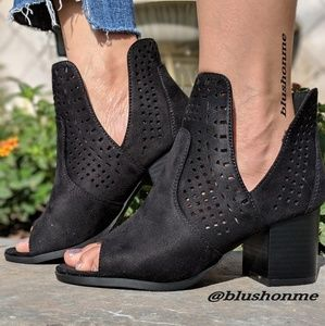 Shoes - Peep Toes Side Cut Booties